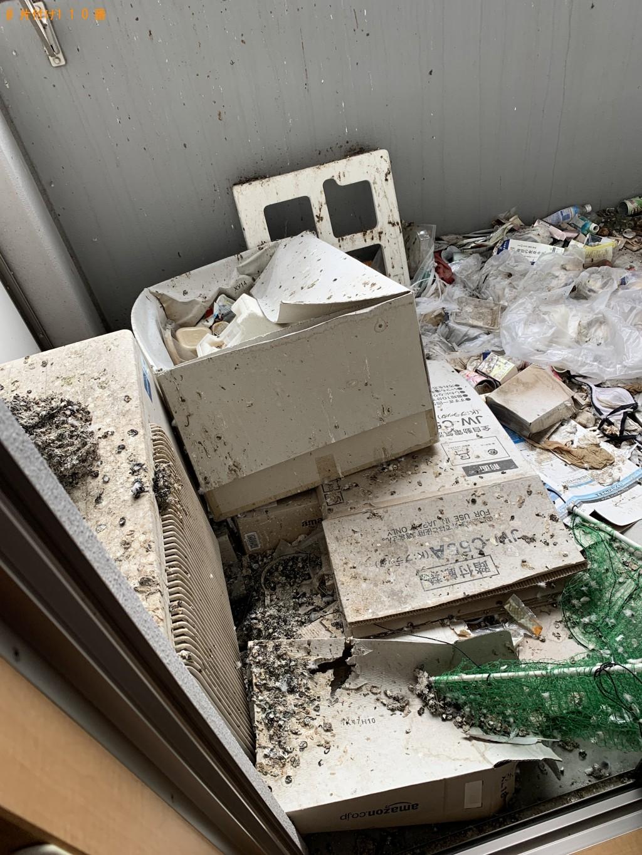 ベランダの掃除とゴミの回収