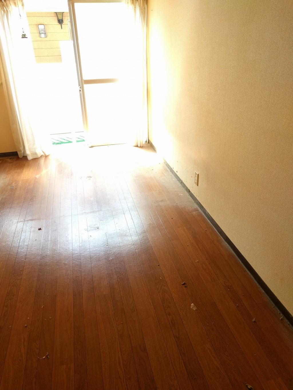 【小郡市】引っ越しに伴う不用品回収とハウスクリーニング☆お部屋がすっかり片付きお喜びいただけました!