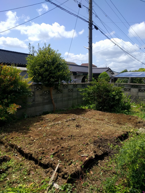 【小竹町】お庭の片付けと不用品回収ご依頼 お客様の声