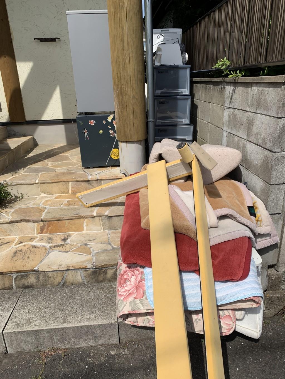【北九州市八幡西区】冷蔵庫、ベッド、ソファーなどの出張不用品回収・処分ご依頼