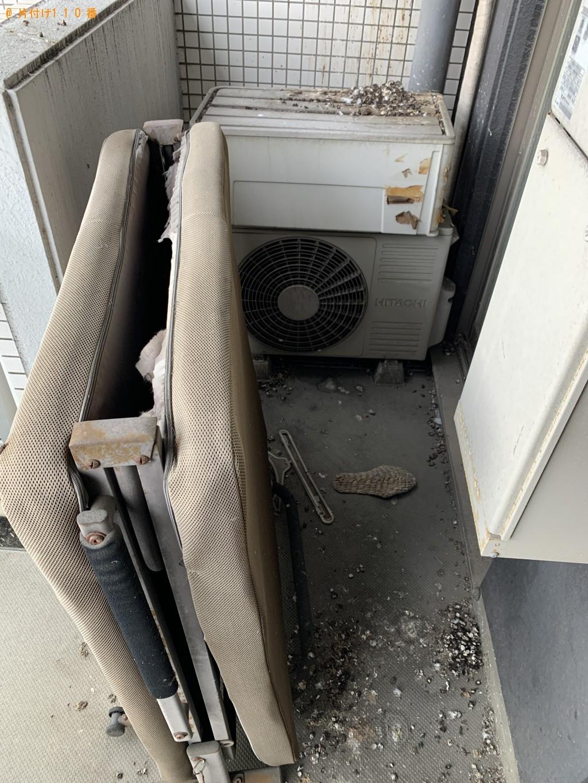【福岡市早良区】ベランダの清掃と折り畳みベッド等の回収・処分