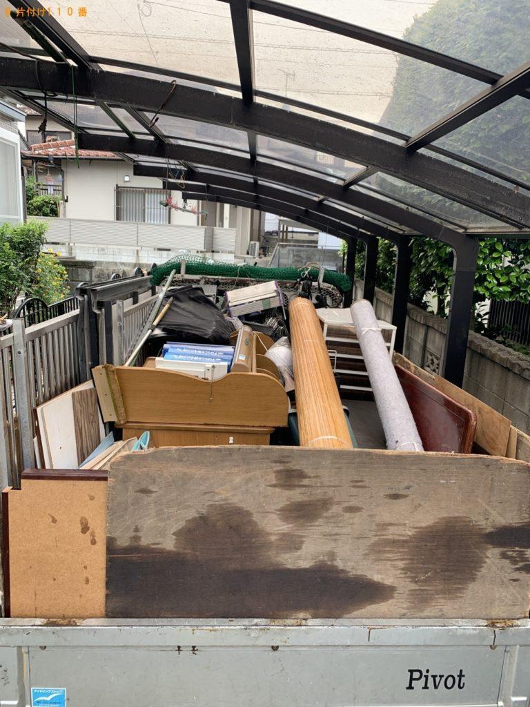 【朝倉市】遺品整理に伴いエレクトーン、学習机、ローテーブルなどの回収・処分