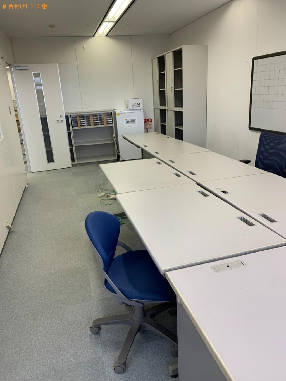 【福岡市中央区】ラック、椅子、テーブル、業務用コピー機等の回収